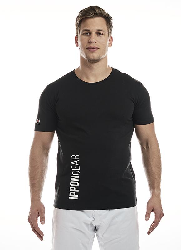 JIAPP41___IPPON_GEAR_Premium_T_Shirts_black_0.jpg
