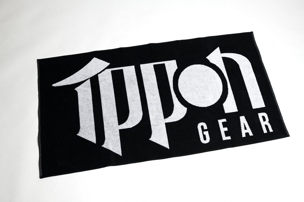 JI011_IPPON_GEAR_Badetuch_Towel1.jpg