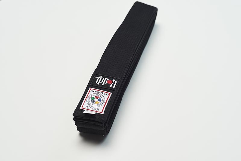 JIBIJF___Ippon_Gear_Elite_IJF_Judoguertel_schwarz___IJF_Judo_Belt_schwarz_1.jpg