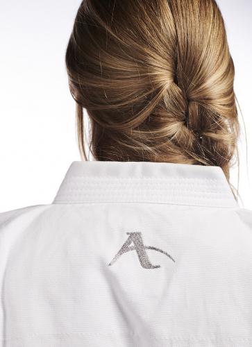 Arawaza_Karate_Uniform_Karateanzug_Kata_Deluxe_2.jpg
