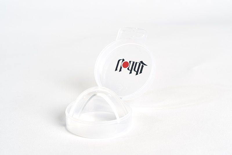JIPRO1___IPPON_GEAR_Mundschutz___Mouth_Guard_1.jpg